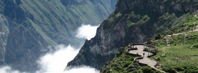 Cruz del Condor viewing platforms